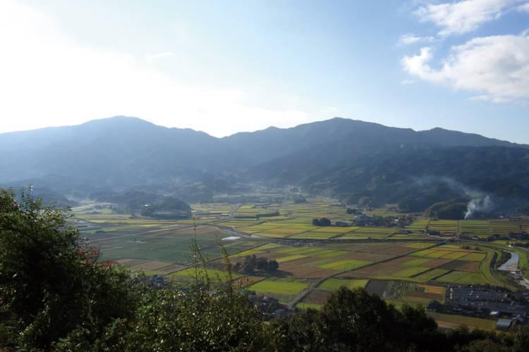 福岡県嘉麻市のふるさと納税を紹介!山と水の恵みが魅力のまち