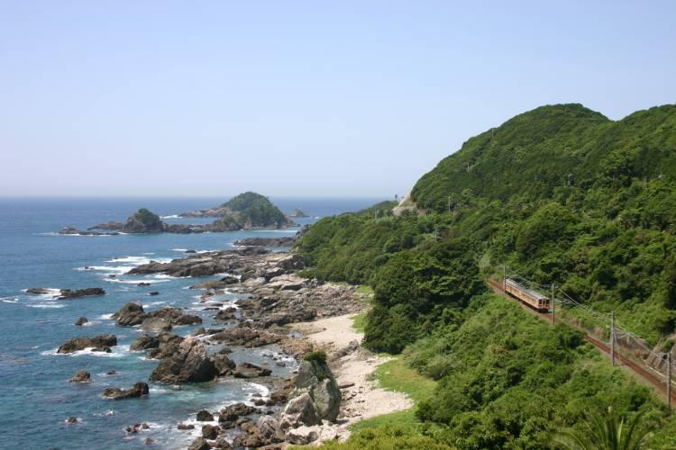 和歌山県すさみ町は自然が豊富な町!ふるさと納税の返礼品は?